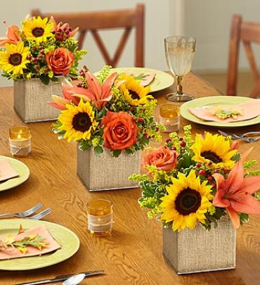 "Autumn Celebrationâ""¢ Centerpiece"